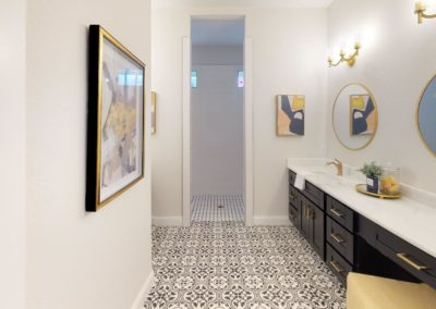 631-W-Park-Street-Bathroom