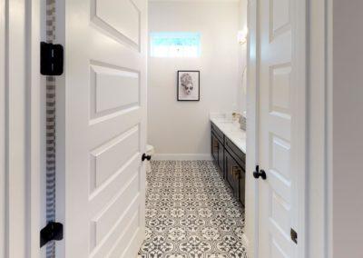 631-W-Park-Street-Bathroom(1)