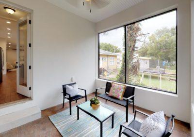 631-W-Park-Street-Bedroom(2)